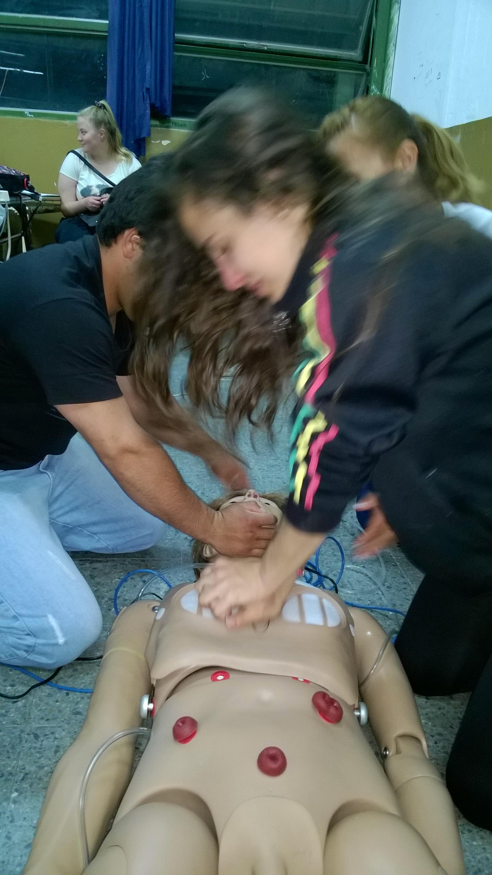 Actualización en RCP para los Estudiantes de la Tecnicatura de «Enfermería Profesional»