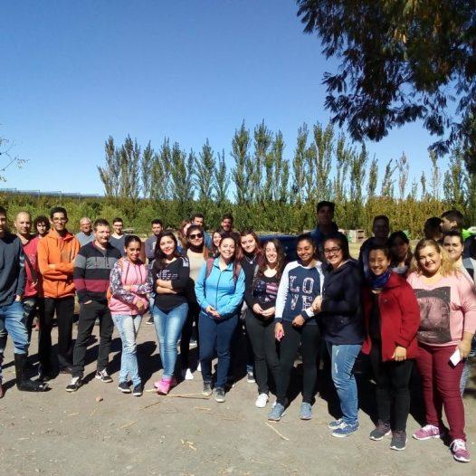 Visita a empresa local por Estudiantes de la Tec. Comercio Internacional y Aduanas 19/04/18